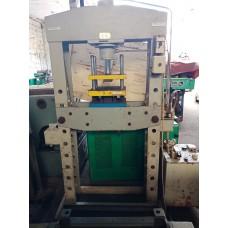 Presse hydraulique électrique
